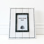 9.25x11x.5 wood photo frame wh/bk (4x6)