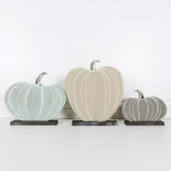 13, 11, 6.5 wd pumpkin on base s/3 wh/tn/gn/bn