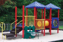 Bobbie Play Structure