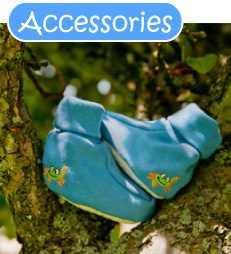 green-nippers-organic-accessories.jpg