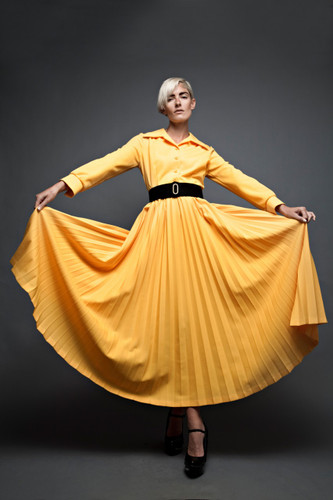 "vintage 70s dress maxi pleated bright yellow long sleeves L (38"" Bust) :"