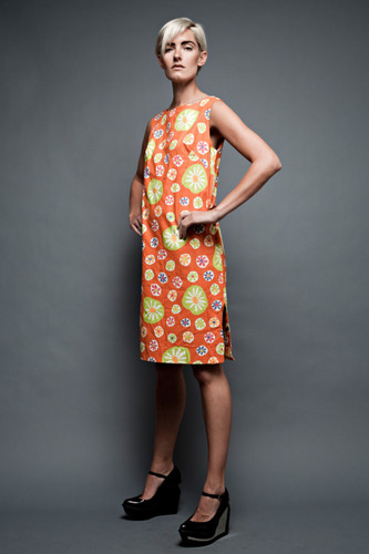 vintage 60s MOD pop op art shift dress orange flower bubble sleeveless L (40&quot; bust)