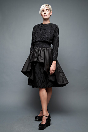 vintage 80s party dress black jacquard silk taffeta peplum open keyhole back big bow M