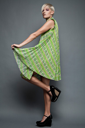 vintage 60s MOD dress pop op art green accordion pleats tent ruffled collar ONE SIZE