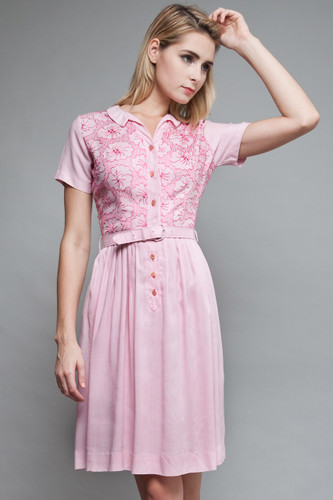 "vintage 50s shirt day dress pink embroidery floral short sleeves (26"" waist)"