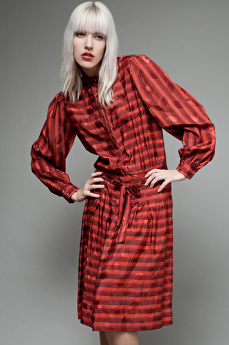 "vintage 80s shirt dress satin red stripes Albert Nipon M L (40"" bust)"