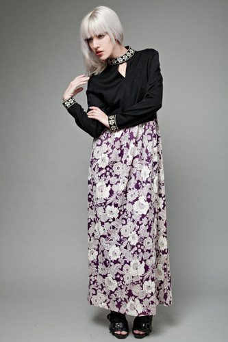 "vintage 70s deadstock unworn maxi dress black purple floral keyhole long sleeves XL 1X (34"" waist)"