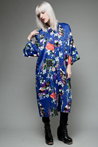 kimono night robe indigo blue with Asian floral print ONE SIZE