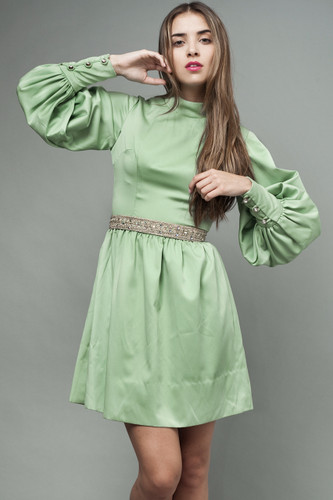 "vintage 70s mini dress leaf green puffy poet sleeves metallic belt S (25"" waist)"