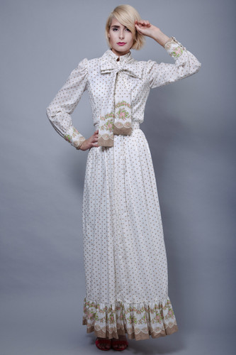 "vintage 70s maxi SKIRT cotton polka dot ruffle floral hem full length prairie hippie XS S (25"" waist)"