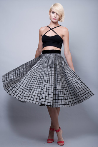 "vintage 50s full circle skirt black white plaid tartan taffeta velvet S (26"" waist)"