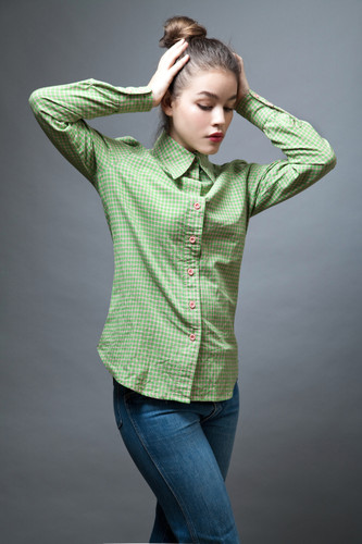vintage clothing online 70s shirt top green pink plaid cotton long sleeves M