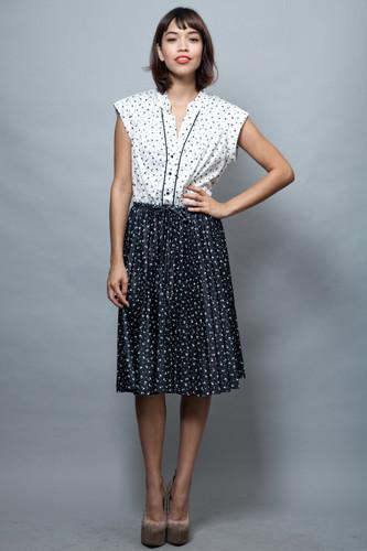 vintage 70s secretary dress shirtdress white black floral pleated ONE SIZE
