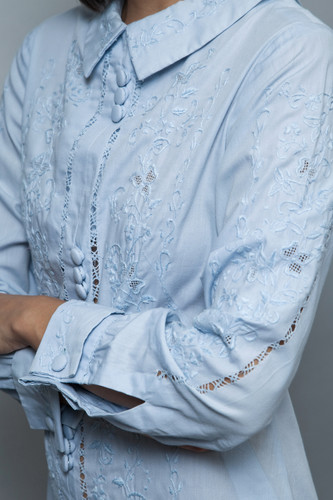 vintage 60s cotton dress pale blue embroidery eyelet long sleeves M