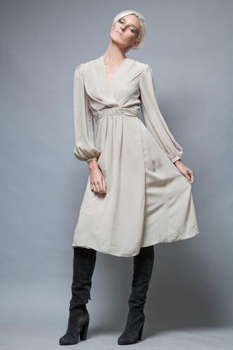 pleated dress cream chiffon vintage 1970's long sleeves M  :