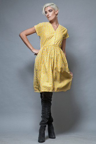 yellow shirtdress vintage 1970's pocket day dress cotton ONE SIZE