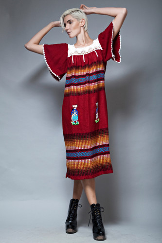 Oaxacan Mexican dress red square crochet neck ethnic embroidery ONE SIZE  :