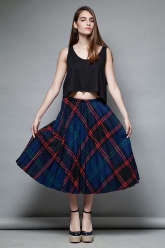 unworn pleated wool skirt vintage 70s plaid navy red full skirt preppy midi ONE SIZE  :