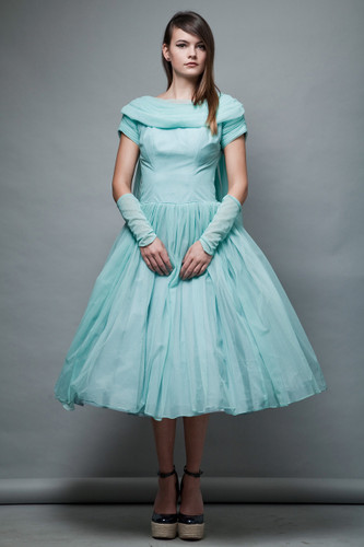 1950s cupcake party dress seafoam green micro plated full skirt waterfall sleeve cuffs