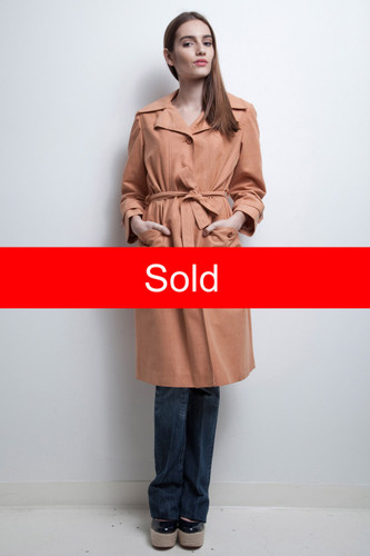 faux suede coat peach beige belted light weight all weather vintage 1970s M