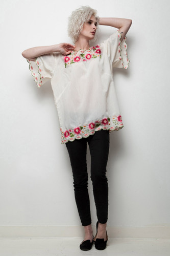 boho floral tunic top vintage 70s embroidered flowers short sleeve ONE SIZE