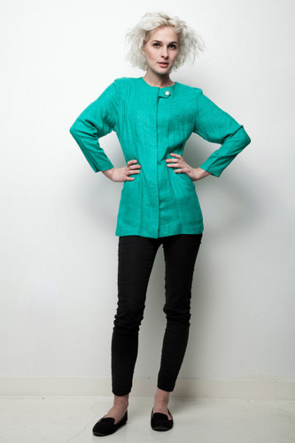 green minimalist top long sleeve button down vintage 80s M