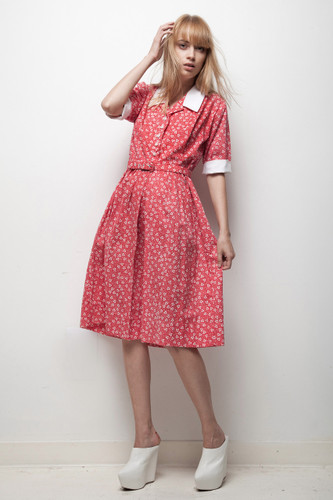 70s day dress red white floral mini hearts pleated MEDIUM M