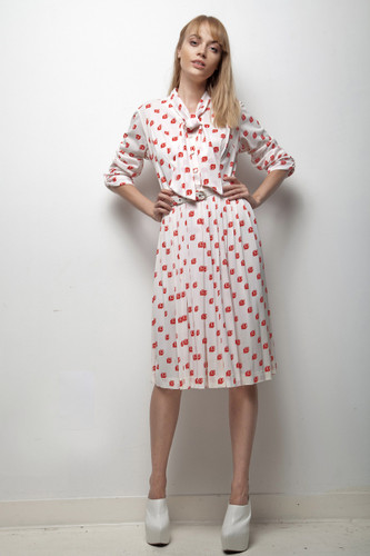 70s secretary dress graphic red white pleated skirt long sleeves LARGE L