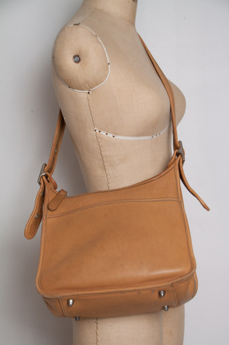 COACH saddle bag authentic vintage 90s tan leather adjustable strap crossbody purse