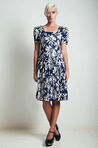vintage 80s cotton day dress navy blue floral drop waist MEDIUM LARGE M L