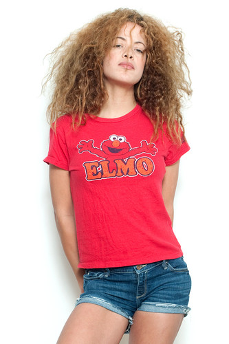 "Used Junk Food T Shirt Tee 100% Cotton ELMO RED L (18"" width)"