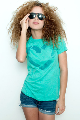 """Used Junk Food T Shirt Tee 50/50 Recycle Love More Love Less Waste GREEN L (17"""" width)"""