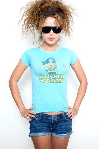 "Junk Food T Shirt Tee 50/50 Wonder Woman BLUE S (15"" width)"
