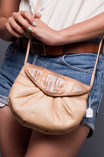 Vintage 80s Genuine Snake Skin Tan Leather Pouf Puffy Gathered Shoulder Cross Body Purse Bag