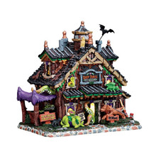 Lemax Village Collection Creepy Crawlies Pet Sitting #75184