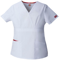Dickies Medical 86806-WHWZ Filipina Medica