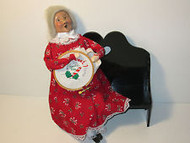 Byers Choice Mrs. Clause with Needle Point on Bench