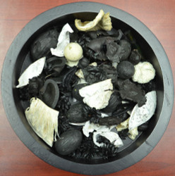 Black and White Potpourri Blend