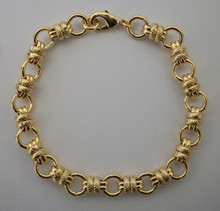 Gold Alternate Circles Bracelet