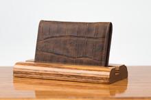 Personal Card Holder Cognac Gator