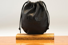 Medium Pouch Black Regal