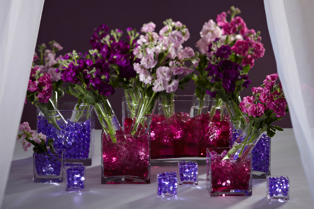 Whether You Re Using Fresh Cut Flowers Ostrich Feathers Or Floating Candles Water Beads Are A Colorful Addition To Centerpieces That Will Pull Your Theme