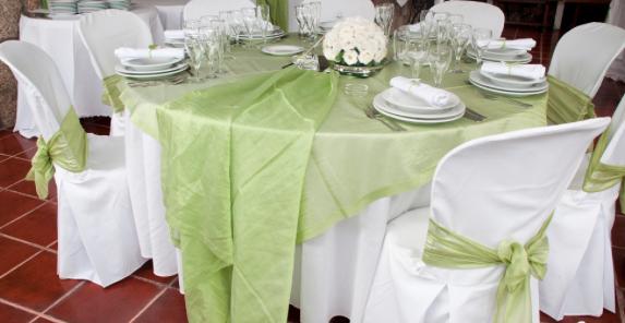 round-tablecloths.jpg