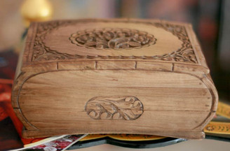 "Wooden Jewellery Box ""Love's Embrace"""