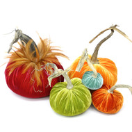"includes a 8"" Guava with a Red Feather Plume, 6"" Carrot, 5"" Chartreuse, 4"" Persimmon and 3"" Lagoon velvet pumpkin."