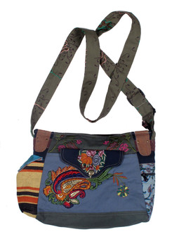 #G1031 Gorgeous Applique Purse