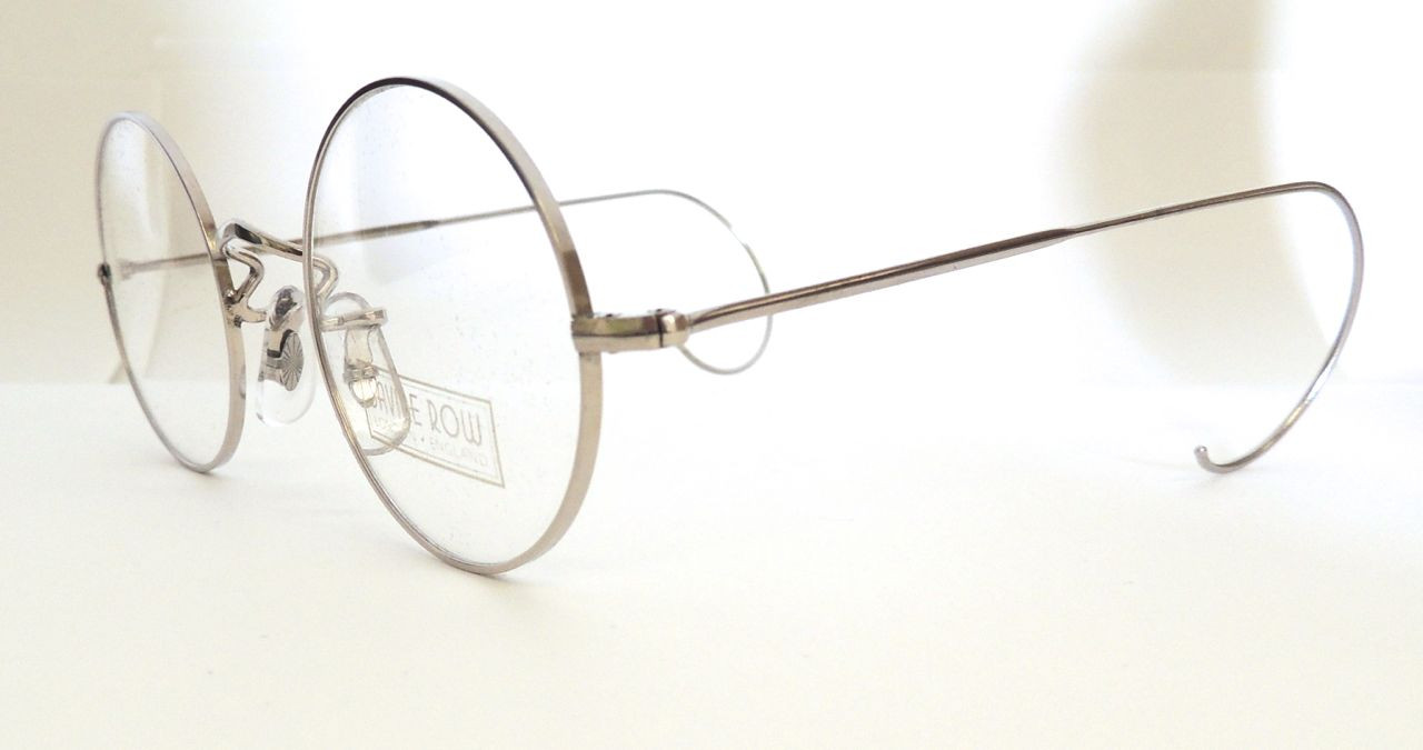 Old Fashioned Glasses Frame : Old Fashioned Glasses Frames galleryhip.com - The ...