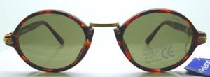 Polaroid round style sunglasses