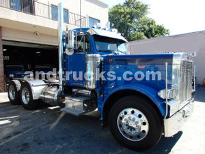 2001 Peterbilt 379 tandem axle tractor with wet lines Cat C-15 475hp 6NZ engine 3 stage jake 8LL super super clean true epitome   what a Pete is all about  Peterbilt 379 tandem axle tractor for sale
