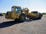 1999 CAT 621F Motor Scraper s/n 8PL00207 and 1999 CAT 621F Motor Scraper s/n 8PL00173 sold as pair
